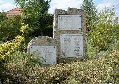 Pusztamiske világháborús emlékmű 2013.09.24. küldő-Sümec (6)