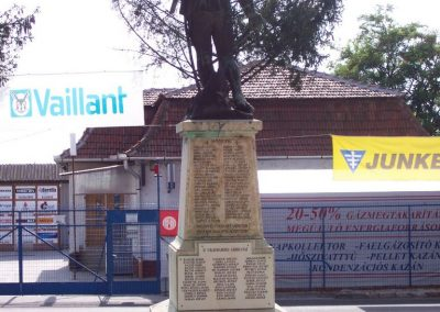Pusztamonostor világháborús emlékmű 2009.09.14. küldő-miki (4)