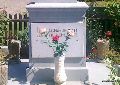 Pusztaszemes világháborús emlékmű 2010.08.26. küldő-Csiszár Lehel (3)