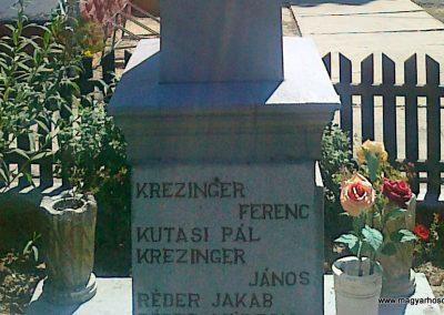 Pusztaszemes világháborús emlékmű 2010.08.26. küldő-Csiszár Lehel (6)