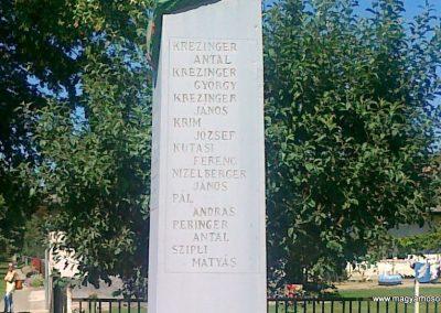 Pusztaszemes világháborús emlékmű 2010.08.26. küldő-Csiszár Lehel (8)