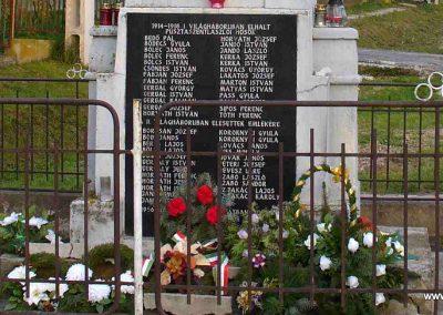 Pusztaszentlászló világháborús emlékmű 2007.11.03. küldő-HunMi (3)