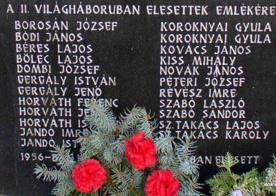 Pusztaszentlászló világháborús emlékmű 2007.11.03. küldő-HunMi (6)