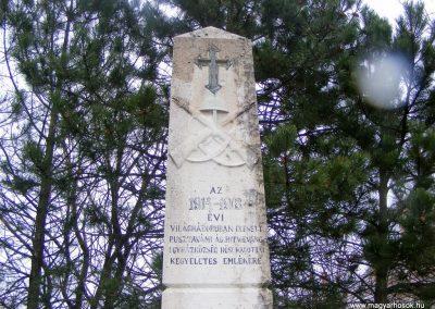 Pusztavám evangélikus templomkert I.vh emlékmű 2012.04.07. küldő-Méri (1)