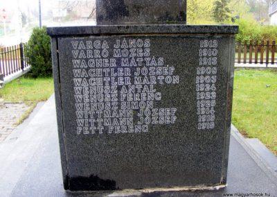 Pusztavám katolikus templomkert II.vh emlékmű 2012.04.07. küldő-Méri (6)