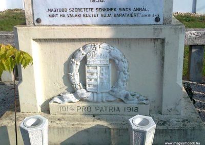 Rábahídvég világháborús emlékmű 2011.11.12. küldő-Szilsomogy (3)
