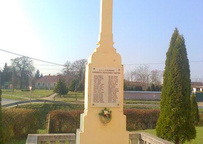 Rábahídvég világháborús emlékmű 2011.11.12. küldő-Szilsomogy (6)