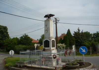 Rábakecskéd világháborús emlékmű 2009.05.15. küldő-Sümec