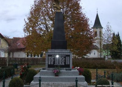 Rábakeresztúr-Heiligenkreutz világháborús emlékmű 2007.11.10. küldő-Nádicsikasz (1)