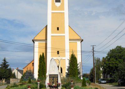 Rábaszentmihály világháborús emlékmű 2012.08.26. küldő-Baloghzoli