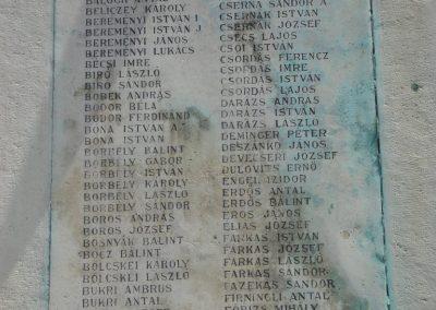 Ráckeve I.vh emlékmű 2009.05.18.küldő-Huszár Peti (3)