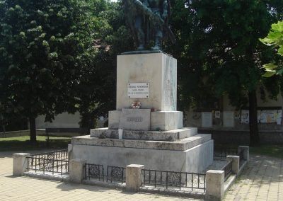 Ráckeve I.vh emlékmű 2009.05.18.küldő-Huszár Peti
