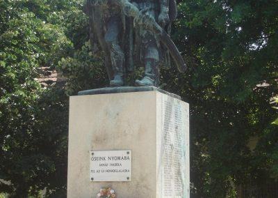 Ráckeve I.vh emlékmű 2009.05.18.küldő-Huszár Peti (7)