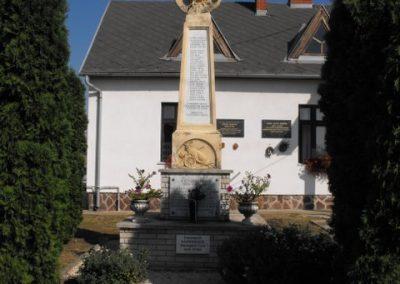 Rádóckölked világháborús emlékmű 2009.09.02.küldő-Gyurkusz