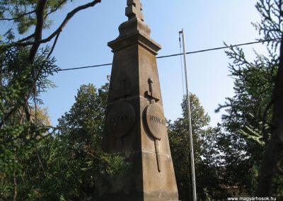 Rád világháborús emlékmű 2009.09.28. küldő-kalyhas (8)