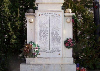 Rákóczifalva világháborús emlékmű 2009.04.02.küldő-miki (1)