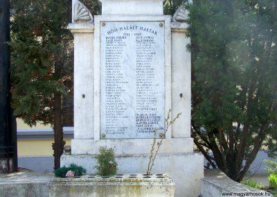 Rákóczifalva világháborús emlékmű 2013.04.07. küldő-Horváth Zsolt (4)