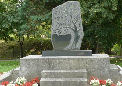 Rédics világháborús emlékmű 2010.08.13. küldő-Sümec (1)