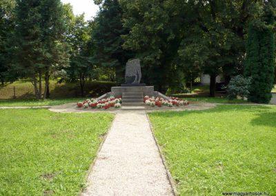 Rédics világháborús emlékmű 2010.08.13. küldő-Sümec