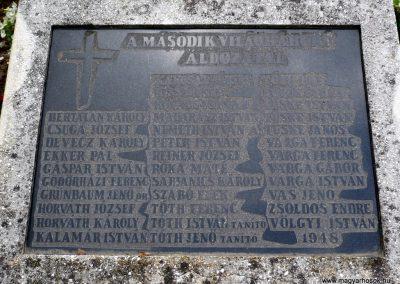 Rédics világháborús emlékmű 2010.08.13. küldő-Sümec (7)