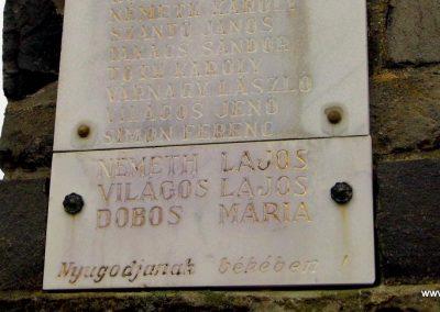 Répceszemere világháborús emlékmű 2015.12.20. küldő-Méri (8)