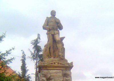 Rózsafa világháborús emlékmű 2012.05.14. küldő-KRySZ (1)