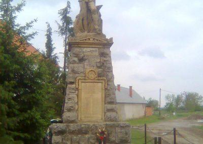 Rózsafa világháborús emlékmű 2012.05.14. küldő-KRySZ