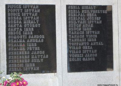 Röszke II.vh emlékmű 2011.08.20. küldő-kalyhas (6)