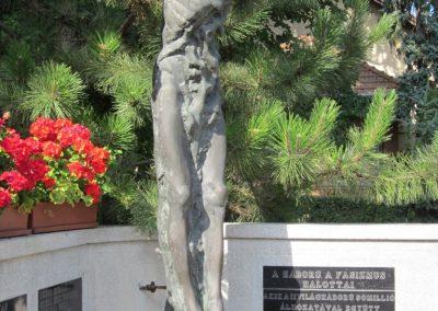 Röszke II.vh emlékmű 2011.08.20. küldő-kalyhas (7)