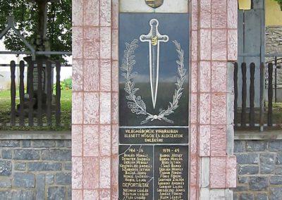 Rakacaszend világháborús emlékmű 2014.06.15. küldő-kalyhas (2)
