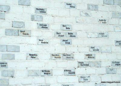 Ramocsaháza II. világháborús emlékmű 2013.05.09. küldő-megtorló (4)