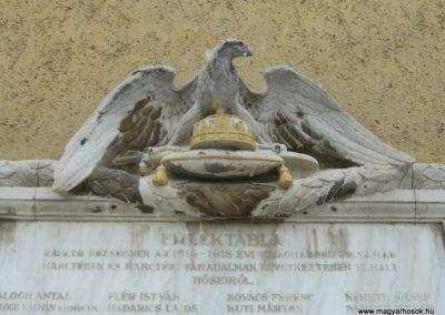 Ravazd I.vh emlékmű 2009.12.19. küldő-Ágca (2)