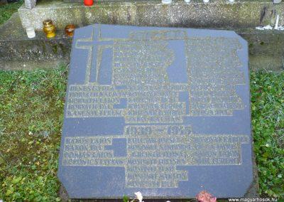Resznek világháborús emlékmű 2009.11.17. küldő-Sümec (3)