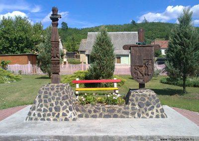 Rudolftelep II.világháborús emlékmű 2012.06.27. küldő-Pataki Tamás