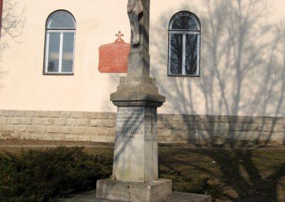 Ságújfalu világháborús emlékmű 2011.03.12. küldő-kalyhas