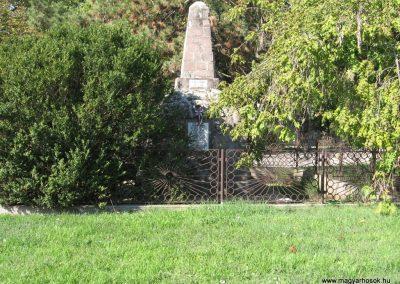Sály I.vh emlékmű 2007.09.24. küldő-Kályhás