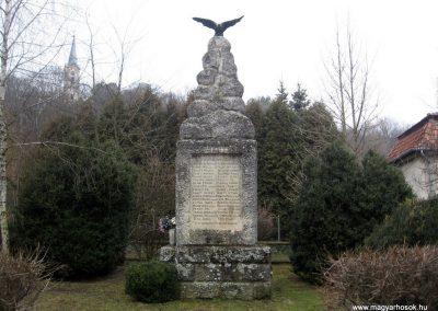 Sámsonháza hősi emlékmű 2011.02.19. küldő-kalyhas (1)