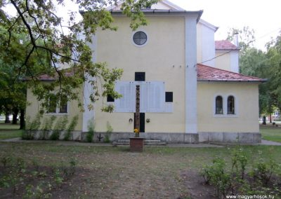 Sándorfalva világháborús emlékmű 2011.08.20. küldő-kalyhas