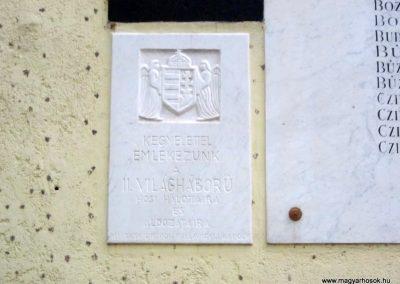 Sándorfalva világháborús emlékmű 2011.08.20. küldő-kalyhas (6)