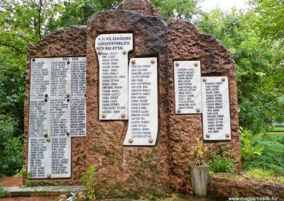 Sárbogárd-Sárszentmiklós világháborús emlékmű 2014.07.12. küldő-Méri (1)