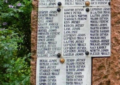 Sárbogárd-Sárszentmiklós világháborús emlékmű 2014.07.12. küldő-Méri (2)