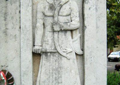 Sárbogárd világháborús emlékmű 2010.09.01. küldő-Mistel (2)