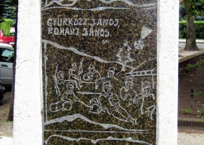 Sárbogárd világháborús emlékmű 2010.09.01. küldő-Mistel (4)
