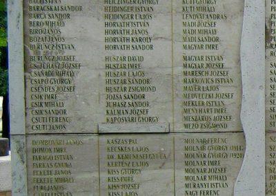 Sárbogárd világháborús emlékmű 2010.09.01. küldő-Mistel (6)