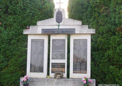Sárhida hősi emlékmű 2009.10.11. küldő-HunMi (1)