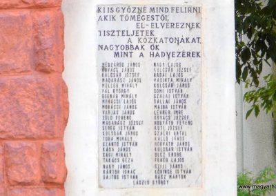 Sárkeresztúr I. világháborús emlékmű 2014.07.12. küldő-Méri (4)