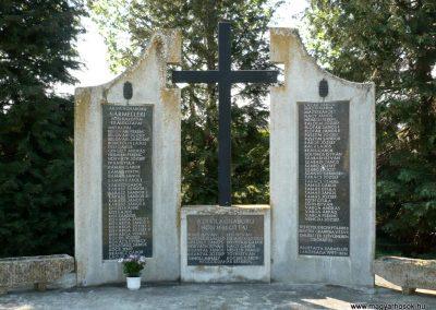Sármellék világháborús emlékmű 2013.05.10. küldő-Sümec (2)