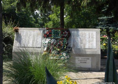 Sárrétudvari I. és II. világháborús emlékmű 2018.05.26. küldő-Bóta Sándor (15)
