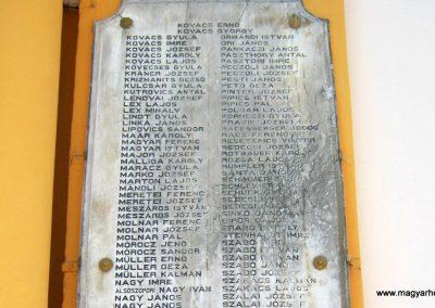 Sárvár I. világháborús emlékmű 2014.08.07. küldő-Emese (13)