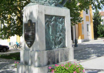 Sárvár I. világháborús emlékmű 2014.08.07. küldő-Emese (2)